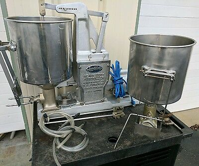 Johnsons Heavy Duty Autofiller Commercial Pastry Donut Filling injector machine