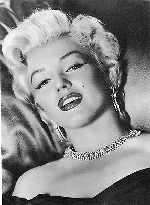 ATHENA STAR COLLECTION MARILYN MONROE FILM ACTRESS POST CARD 6 x 4 INCHES