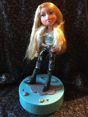 Bratz Doll Talking Cloe With Base, In Original Clothes And Boots