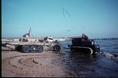 35Mm Colour Slide Rnlb Amelia Life Boat On Beach 37-12 With Tractor Unit Truck