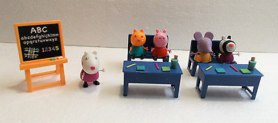 Peppa Pig Character Figures & Accessories Classroom