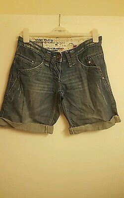 Ladies ladies blue denim shorts by river island size 32 approx 12