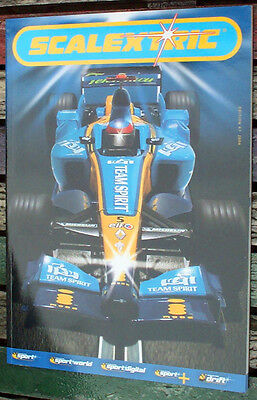 Scalextric Catalogue, 2006 WITH DVD.