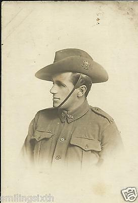 WW1 portrait postcard Australian Army soldier with slouch hat (1)