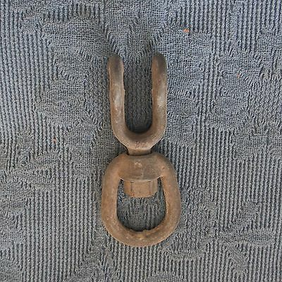 Vintage Galvanized Nautical Ship's Swiveling Rope Loop Guide