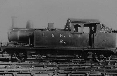 Photo LNER Class F6 No 2e Later (7002) in 1924 and then (7231)  in 1946