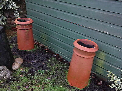 2 x MATCHING PAIR LARGE VINTAGE TERRACOTTA CHIMNEY POTS FOR GARDEN/PLANTERS