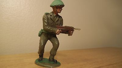 CRESCENT British Tommy with tommy gun