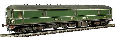 Boxed Heljan BR Green FGE Parcels Service Class 128 DPU WEATHERED LOOK DCC Ready
