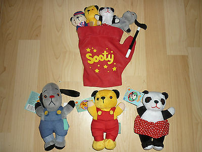 Sooty & Sweep & Sue Beanies plus Glove Puppet with 4 Characters & Wand