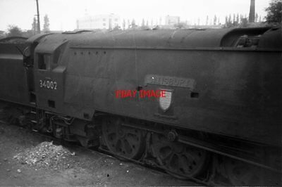 Photo  Sr West Country Loco No 34002 At Weymouth In 1966