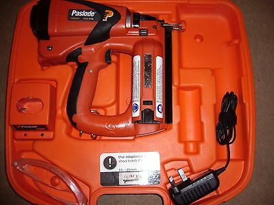 Paslode IM65 F16 2nd fix Straight Nail Gun / Gas Nailer /  Pin Gun.