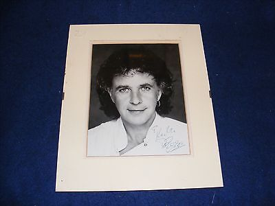 Vintage Photograph David Essex Singer Actor Signed In Ink Autograph