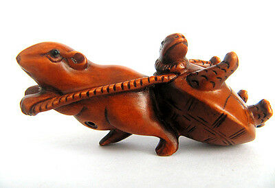Y3763 - 2' Nice Quanlity Hand Carved Boxwood Netsuke: Mouse and Turtle