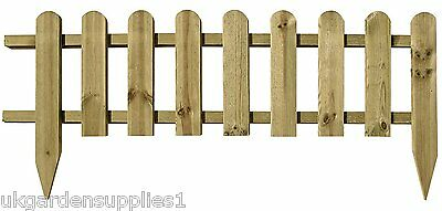 Wooden Panel Picket Fencing - Garden Border Fence
