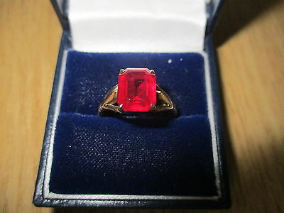 9ct Gold Vintage Victorian? Ring with Red Stone Marked PP.Ltd Size O