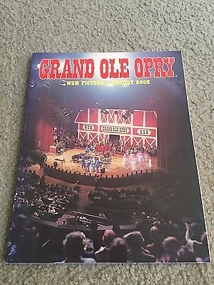 Grand Ole Opry WSM Picture - History Book paperback souvenir book