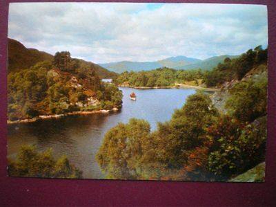 Postcard Stirlingshire Loch Katrine - The Heart Of The Trossachs