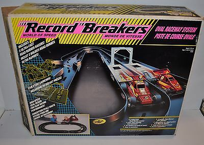RECORD BREAKERS World of Speed Oval Raceway System 1990 Hasbro