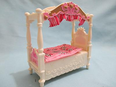 Fisher Price Loving Family Dollhouse Girls Canopy Bed