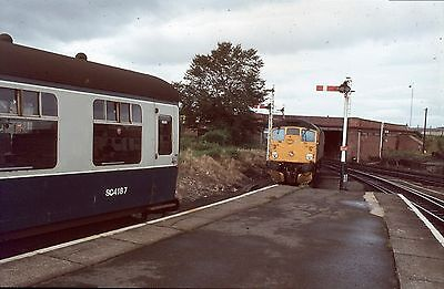 35Mm Colour Slide Railway Brush Sulzer Type 2 Class 26 27 Inverness Station Sign