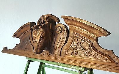 HUNTING GRIFFIN COUNTRY PEDIMENT ANTIQUE FRENCH OAK HAND CARVED WOOD CREST 19th