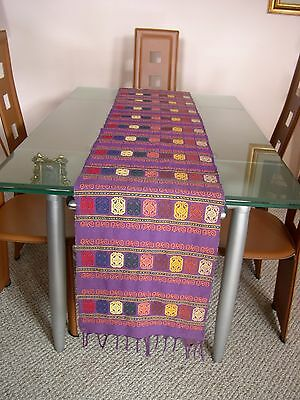 Vtg Hand-Loomed Mexican 100% Cotton Embroidered Table Runner Mexican Folk Art