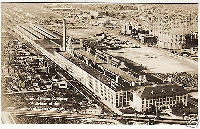 FORD LINCOLN MOTOR COMPANY - Detroit Car Factory -  c1930s Real Photo postcard