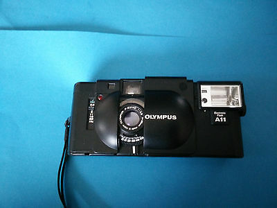 Olympus XA - with A11 Electronic Flash unit and F-Zuiko 1:2,8 f= 35mm lens