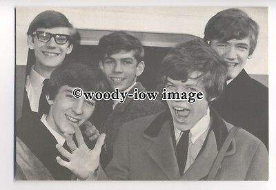 su2373 - 1960's Pop Group - Hermans Hermits - postcard