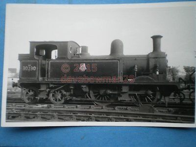 Photo  Sr Class O2 Loco No 30230 21/5/55