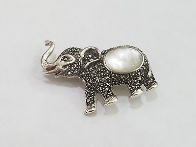 Vintage Sterling Silver & Mother Of Pearl Elephant Pin Brooch - 4410