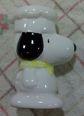 """Vintage Collectable  Egg Cup.   Tall """" Snoopy """" Dog."""