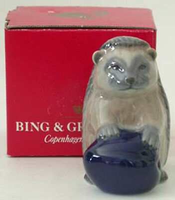 Royal Copenhagen / Bing & Grondahl 1995 Mother's Day Figurine, Hedgehog w/Box