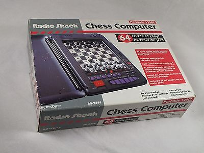 RADIO SHACK PORTABLE CHESS COMPUTER 1750L - Vintage 1990s - Good Working Order