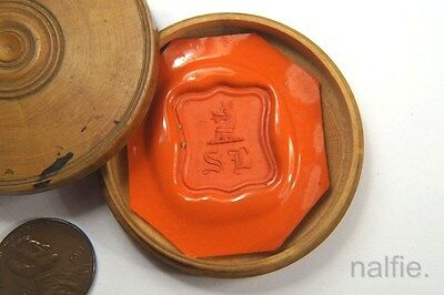 ANTIQUE 19th CENTURY ENGLISH CREST WAX SEAL IMPRESSION in TURNED WOODEN CASE
