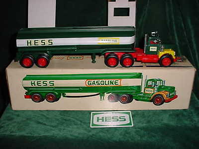 68 Rare Marx Christmas Collectable  Hess Trucks 1968 Toy Tanker Truck Toys