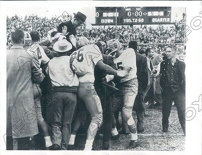 1957 Notre Dame Fighting Irish Football Head Coach Terry Brennan  Press Photo