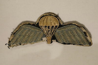 WW2 British Airborne Para Jump Wings Badge with Metal Backing Plate