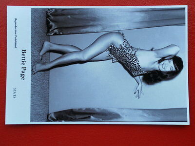 Postcard Rp Actress Bettie Page V6