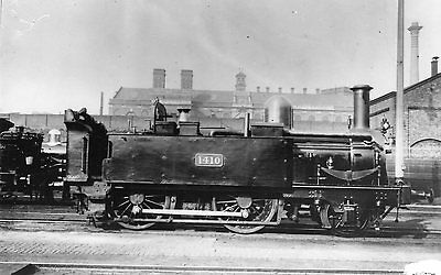 Photo GWR 2-4-0T No 1410 at Westbourne Park Shed c1900