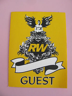 Robbie Williams Close Encounters Tour Guest Backstage Pass Satin Pass Yellow