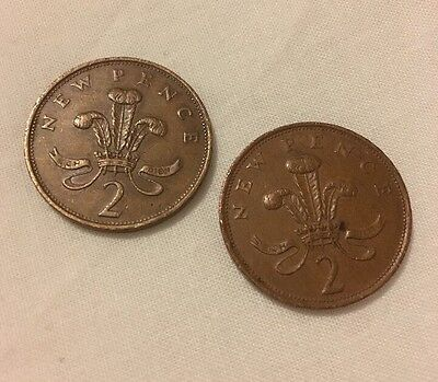 2 x 'New Pence' 1979 2 pence Coins
