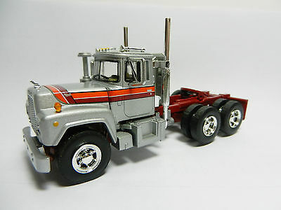 1:64 First Gear *SILVER w/GRAPHICS* Mack R Semi Truck *VERY SHARP LOOKING!* DCP