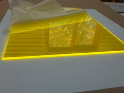 Fluorescent Helios Yellow 2T51 Cast Perspex Acrylic Sheet Live Glow Edge