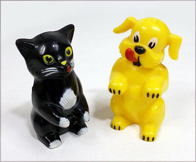 Vintage F&F Ken-L Ration Fifi Fido Salt Pepper Shakers Plastic Kitschy Cat & Dog