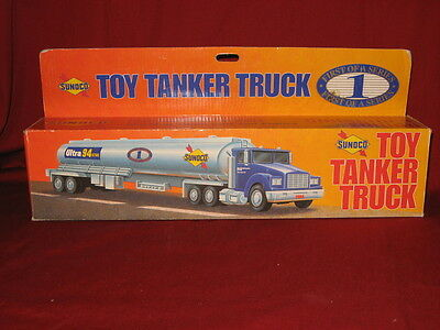 Sunoco NIB 1994 Toy Tanker Truck Sounds and Lights