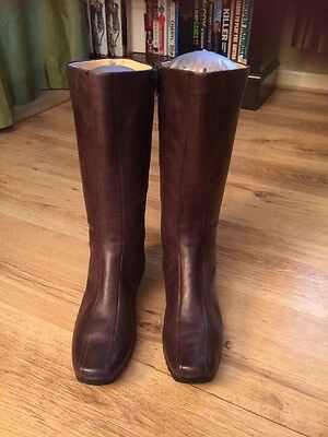 VGC Hardly Worn Ladies Clarks Brown Leather Long Boots Size UK 8