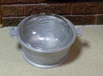 VINTAGE GUARDIAN SERVICE ROUND ROASTER / DUTCH OVEN - Aluminum - GLASS LID