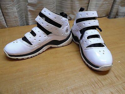 Nike Air Zoom Sharkley Basketball Sneakers Shoes Size 6 Youth White & Black